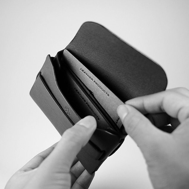 STC-01 Business Card Case_02